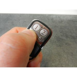 popp-z-wave-keyfob-c-mini-4-button-remote-control-2