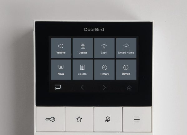 DoorBird-A1101-vnutorna-IP-displejova-jednotka-1